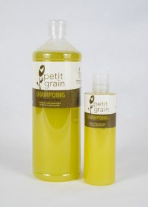 photo de shampoing liquide petit grain petit et grand format